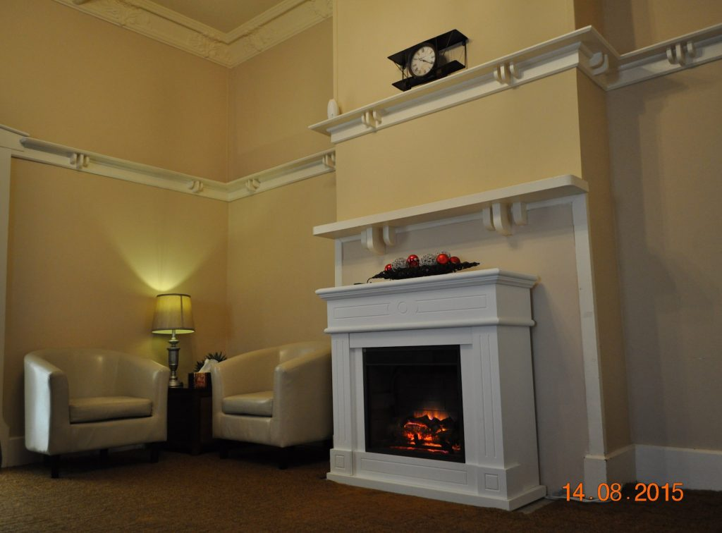 upstairs-fireplace-barham